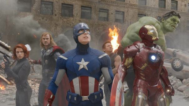 the-avengers-group-shot-movie-film-gang-everyone